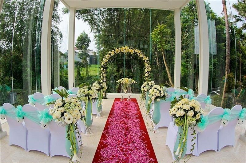 Harris hotel and conventions malang book looking for booking junglespirit Images